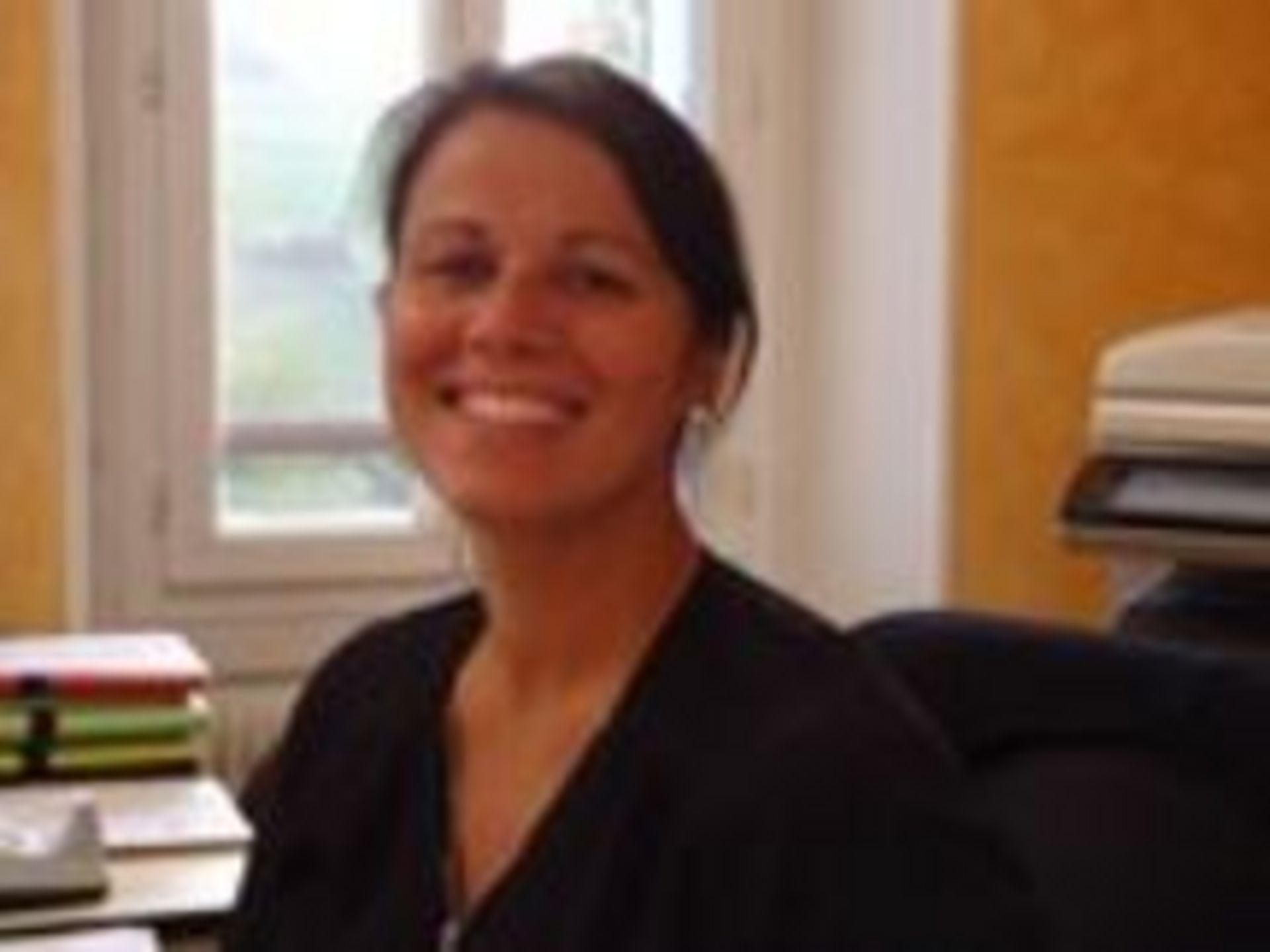 Valérie DECAUX, en charge du secrétariat de mairie.